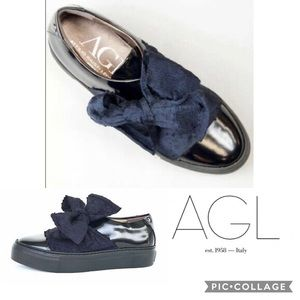 $395 AGL Super Bow Patent Leather Slip On …